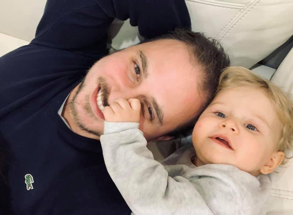 2021-10-Federico-Emiliani-Dentista-Visita-Baby-Kids-Foto-Con-Arianna